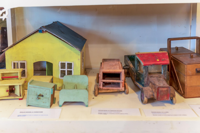 Camp 273 Debatch - PoW Craft;' Toys